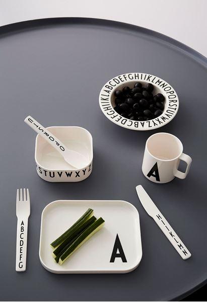 Bilde av Design Letters Tritan Spisesett Gavepakke, E