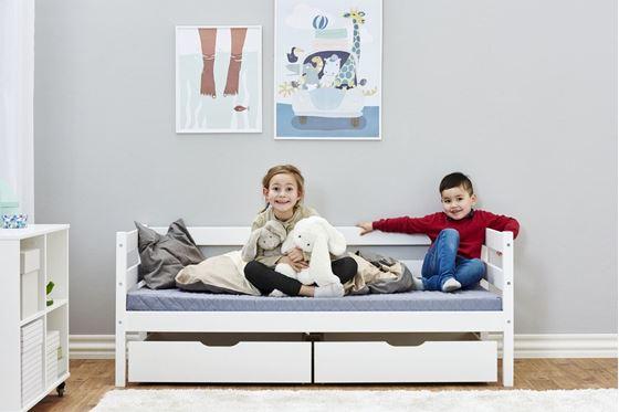 Bilde av Hoppekids Juniorseng IDA-MARIE 70x160cm, med madrass, skuffer og sengehest, Hvit