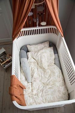 Bilde av Sebra Seng, Baby & Junior, hvit inkl madrass